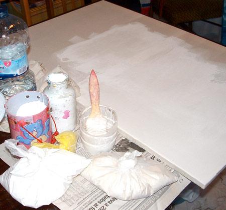 Imprimar o preparar lienzos
