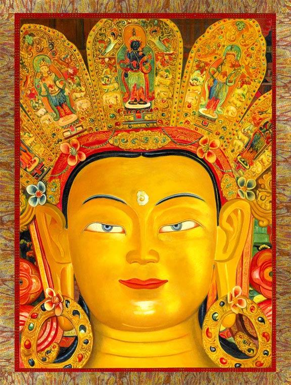 Buda en colores amarillos dorados