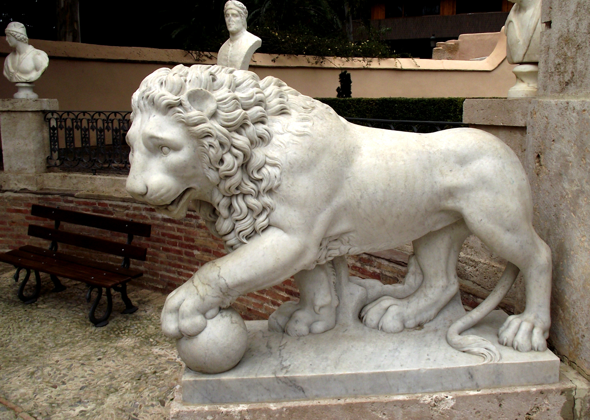 León del jardín de Montfort